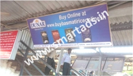 advertising-at-train-stations