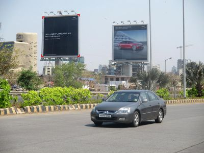 Outdoor Advertising in Unipole Bandra Worli Sea Link